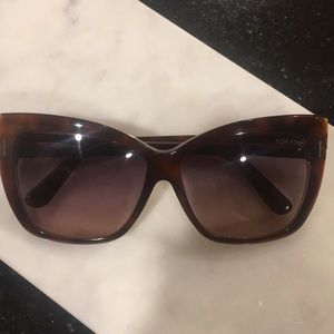 Tom ford cateye sunglasses